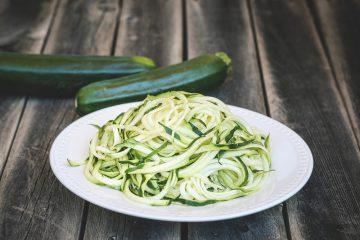 Come preparare gli spaghetti di zucchine