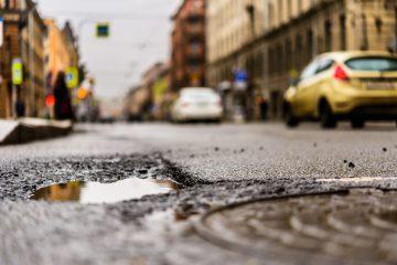 Strada dissestata: risarcimento danni
