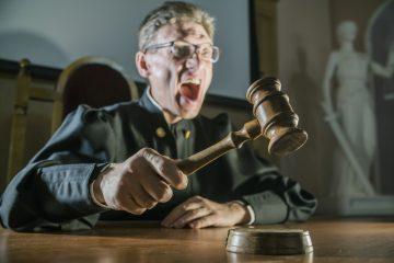 Tra i cittadini si diffonde la sfiducia nei giudici