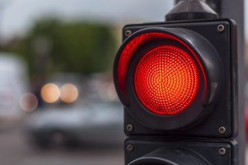 Multa semaforo rosso e contestazione: ultime sentenze