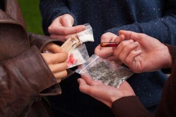 Droga: quanta se ne consuma in Italia