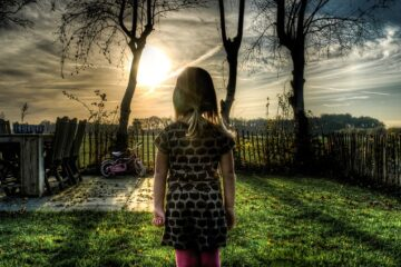 Genitore assente nella vita dei figli: può essere condannato?