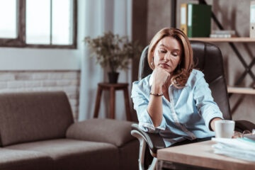 Se il datore di lavoro non paga lo stipendio posso stare a casa?