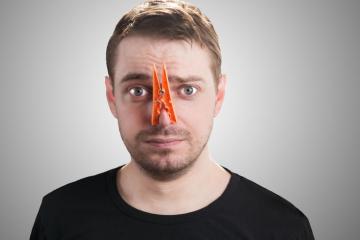 Fumo e odori molesti dal vicino di casa: cosa fare?