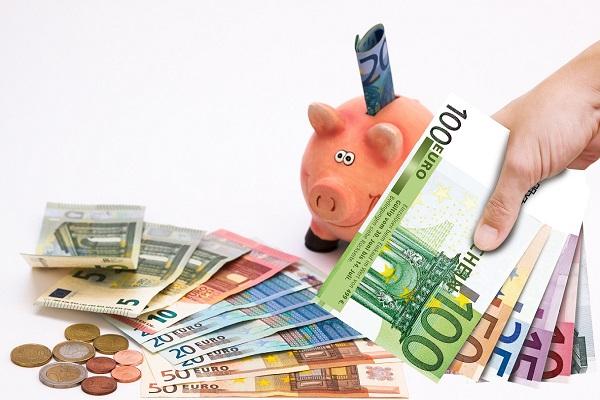 Troppi risparmi sul conto? Arrivano i controlli del Fisco
