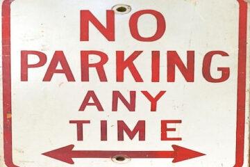 Divieto di parcheggio in area condominiale