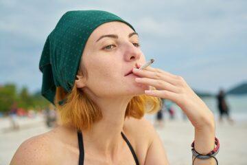 Si può fumare in spiaggia?