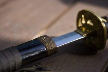 Tenere una spada a casa sarà legale