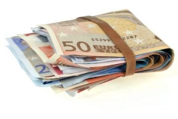 Gli esercenti: no alla nuova tassa sui contanti