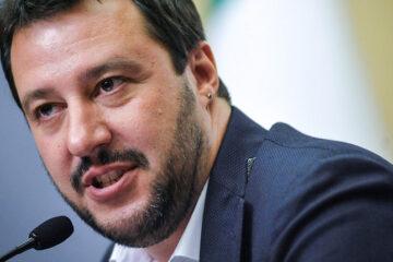 Salvini denuncia il premier Conte e il ministro Lamorgese