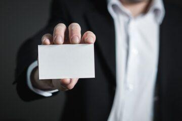 Chi può trattenere la carta d'identità