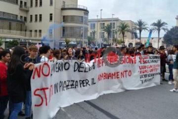 Domani prima manifestazione contro il Governo M5S-PD