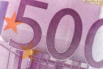 Conviene tenere i soldi in banca o in posta?