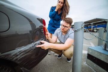 Minacciare di rigare la macchina è reato?