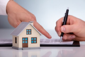 Casa intestata a minore: per affittarla ci vuole il giudice tutelare?