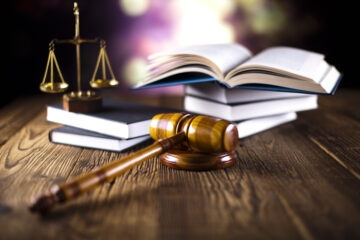 Detenuti: permessi premio anche agli irriducibili