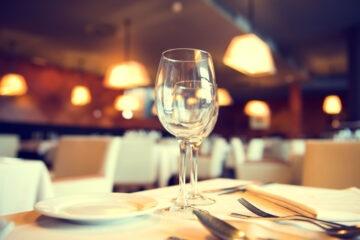 Come avere a casa la cena del ristorante spendendo poco