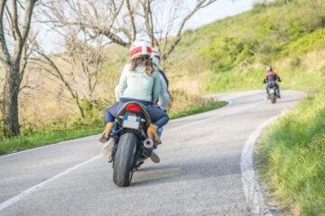 Risarcimento incidente negato per il casco