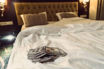 Prostituirsi in casa è reato?