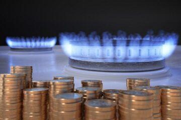 Manovra: aumenti in arrivo su luce e gas