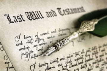 Come dimostrare che un testamento è falso