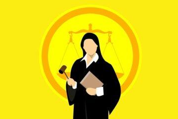 Reato commesso in udienza: cosa succede?