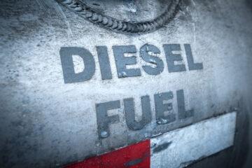 Carburanti, nel 2021 rischio aumento per oltre 1,2 miliardi