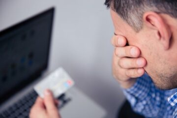 Come fare per bloccare un pagamento con carta di credito