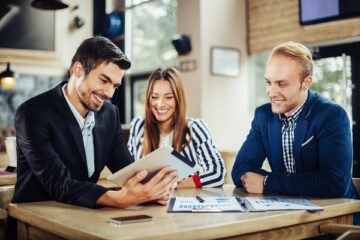 Più facile per i giovani avere un contratto di lavoro