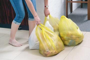 Plastic tax: quanto aumenterà il prezzo delle buste al supermercato?