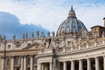 Giallo in Vaticano sul segretario del Papa