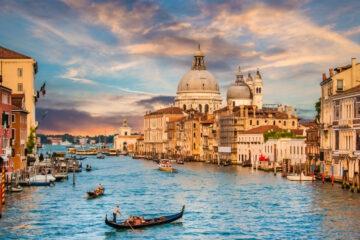 Conte al Mose di Venezia: «verifica lavori, non passerella»