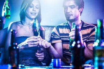 Party: cosa rischio se c'è droga?