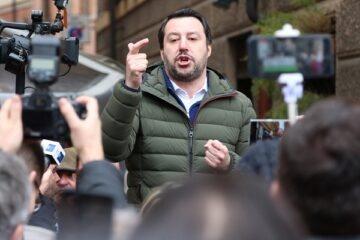 Il coronavirus non ferma il processo a Salvini
