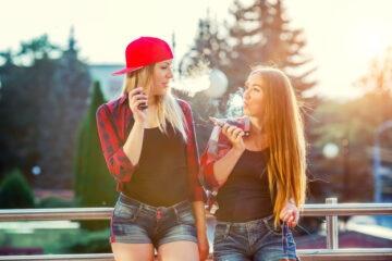 La sigaretta elettronica si può fumare a scuola?