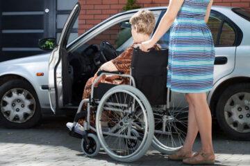 Si può guidare un'auto intestata a disabile?