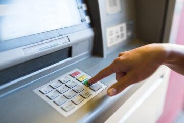 Posso usare il bancomat di mia madre?