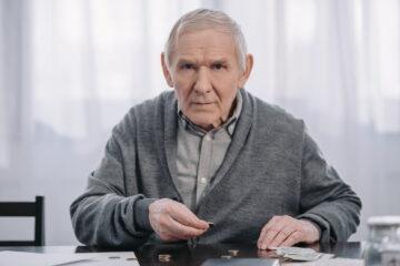 Pensioni basse, si allarga il divario
