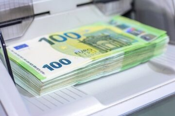 Come depositare soldi in banca