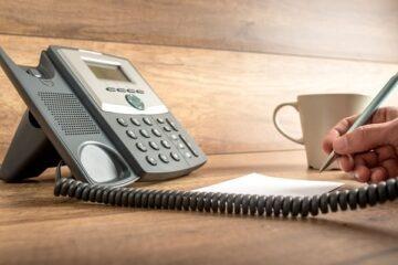 Conviene togliere il telefono fisso?