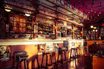 Covid: sfratto per il bar che riapre e non paga l'affitto