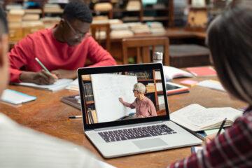 Covid-19: docenti possono obbligare studenti a usare webcam?