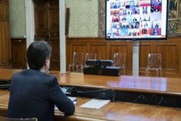 Coronavirus: Conte alza la voce, l'Europa cede sugli aiuti
