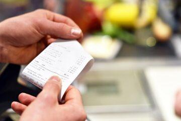 Come scaricare le spese del ristorante o dell'albergo