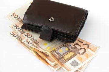 La Fed taglia i tassi: cosa succede ora ai risparmi degli italiani?