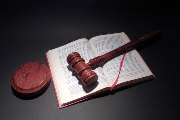 Come dimostrare di aver pagato un acconto all'avvocato