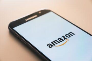 Finti buoni e regali Amazon: nuova truffa su WhatsApp