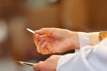 Accordo Governo-vescovi: riprendono le messe