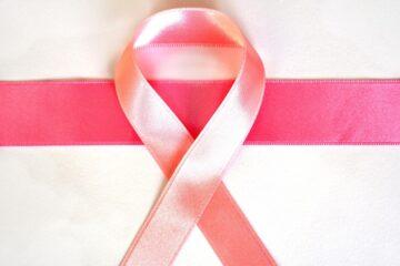 Cancro al seno e menopausa, quand'è che aumenta il rischio
