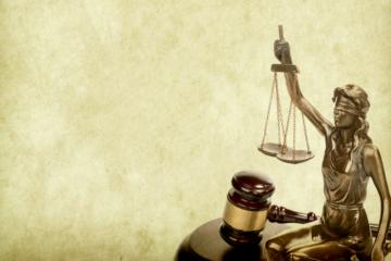 Lite tra condominio e condomino: spese legali